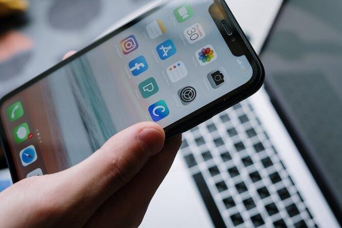 10 примеров того, как можно сделать подставку длясмартфона своими руками