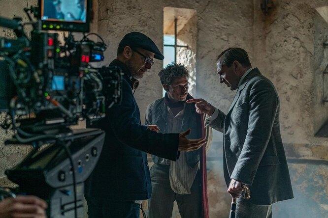 Драки под«Калинку-малинку»: вышел новый трейлер приквела Kingsman
