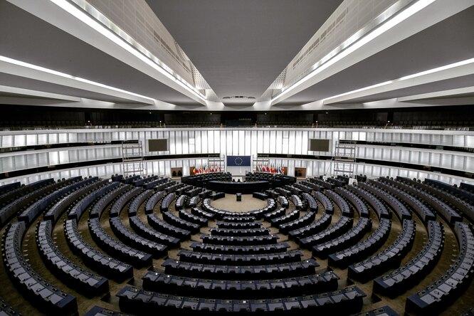 Более половины европейцев готовы заменить депутатов наискусственный интеллект