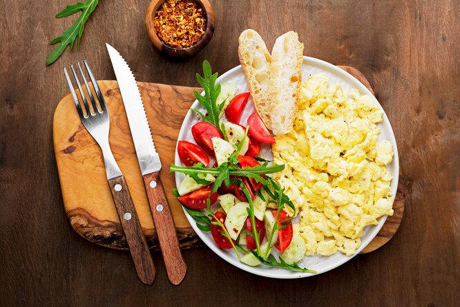 Как приготовить идеальную яичницу: 4 совета отшеф-поваров