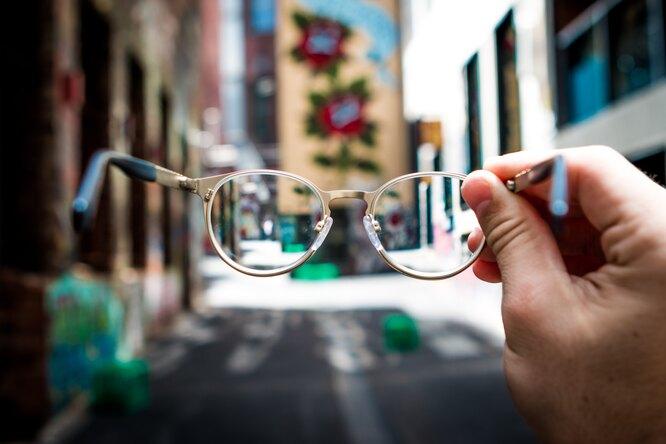 Ученые смогли восстановить зрение слепого мужчины