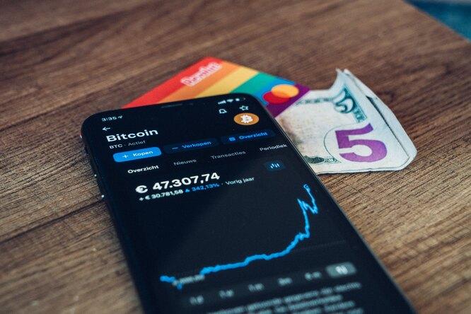 Исследование: инвестиции вкриптовалюту портят отношения сблизкими