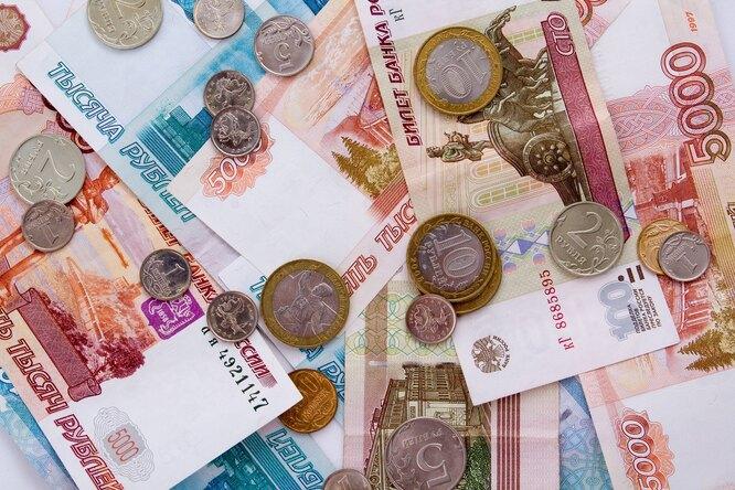 В России появятся памятные монеты сблагодарностью врачам заборьбу сCOVID-19
