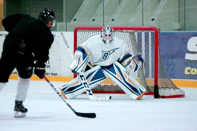 Российский вратарь Семен Варламов установил рекорд НХЛ