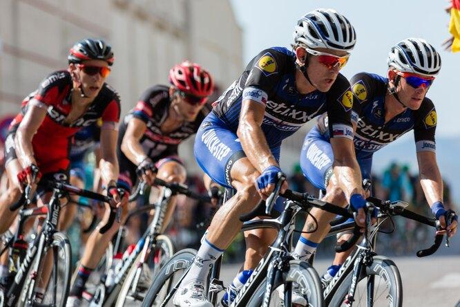 Полиция задержала болельщицу «Тур де Франс», устроившую массовое столкновение велосипедистов
