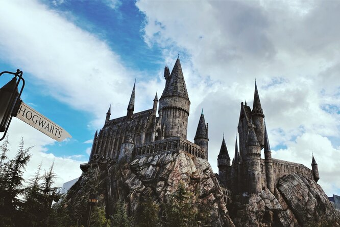Блогер создал фанатскую версию «Гарри Поттера» сКиану Ривзом иДжейсоном Момоа