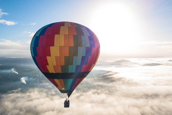 Трое друзей впервые перелетели Байкал навоздушном шаре