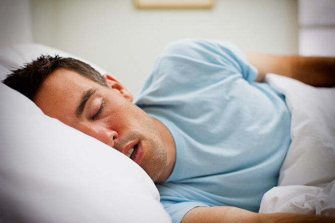 Как заснуть ивыспаться, если заложен нос?