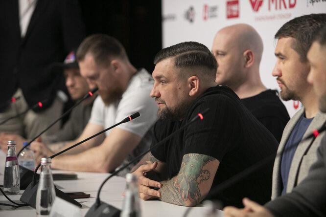 GAZFIGHT: Кудряшов, Романов иБаста дали пресс-конференцию накануне первого вмире поединка вкатегории бриджервейт