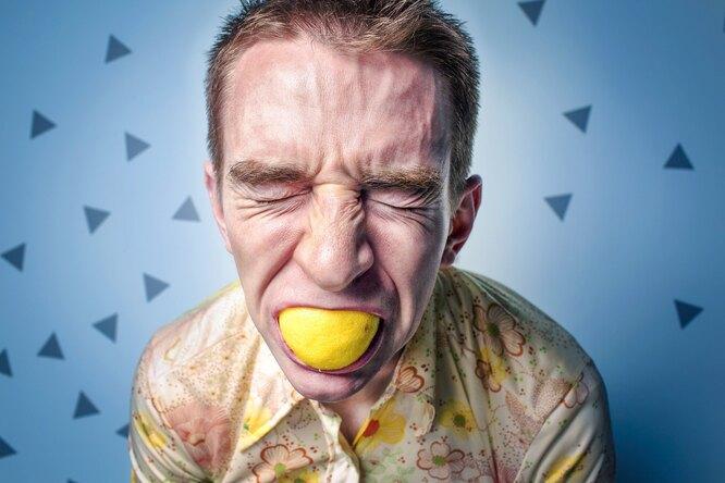 Хронический стресс: 6 сигналов, спомощью которых тело пытается нас предупредить