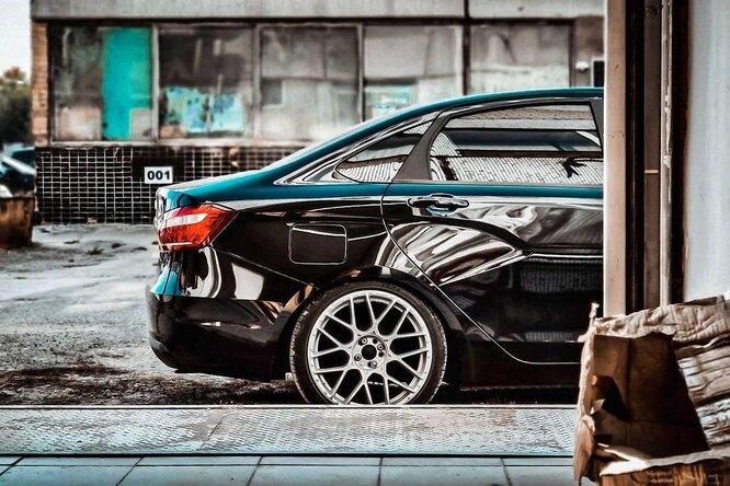 Автомобили «АвтоВАЗа» подорожают: Lada будет стоить отодного миллиона рублей