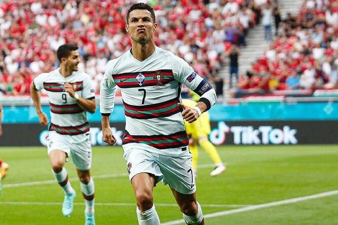 «Манчестер Юнайтед» недобился отмены карантина дляКриштиану Роналду