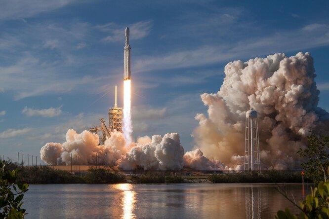 Японский миллиардер станет космическим туристом иполетит наМКС