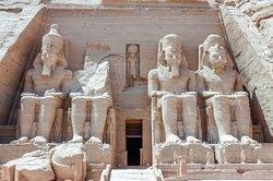 В Египте нашли затерянный впесках «золотой город», которому больше трех тысяч лет
