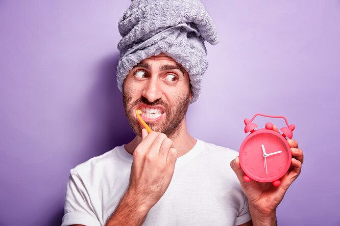От чая дочистки зубов: 8 способов испортить свой режим изаработать бессонницу