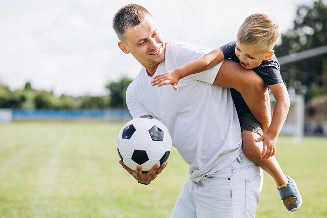 Сын хочет стать футболистом: 9 советов, как помочь ему — исебе заодно