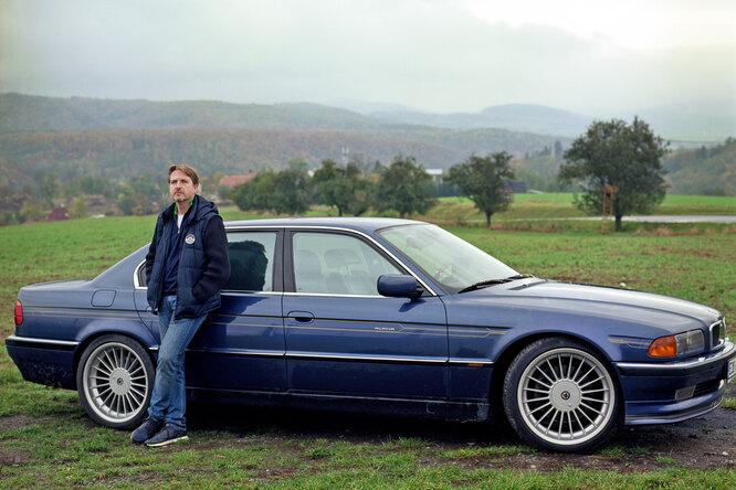 Филипп Ильин-Адаев с автомобилем Фото: из личного архива Филиппа Ильина-Адаева