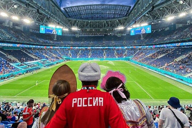 На SuperJob появилась вакансия главного тренера сборной России пофутболу