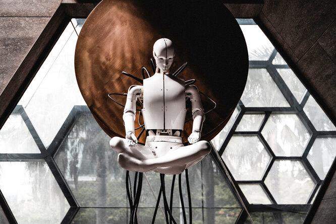 Искусственный интеллект вместо природного: погубит ли он человечество?