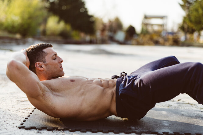 Укрепляем мышцы живота всего за7 минут внеделю: идеальные кубики