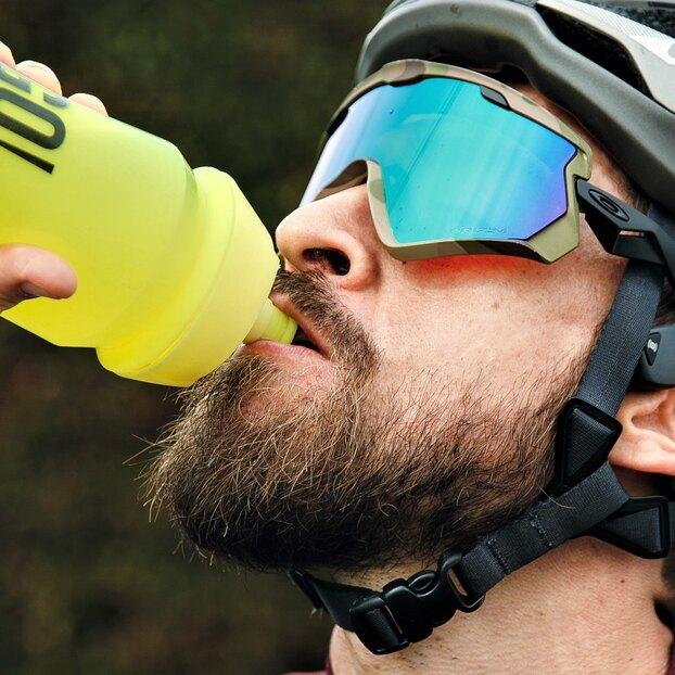 Цвет спортивного напитка влияет наэффективность тренировок