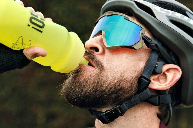 Оказалось, что цвет спортивного напитка влияет наэффективность тренировок: эффект плацебо