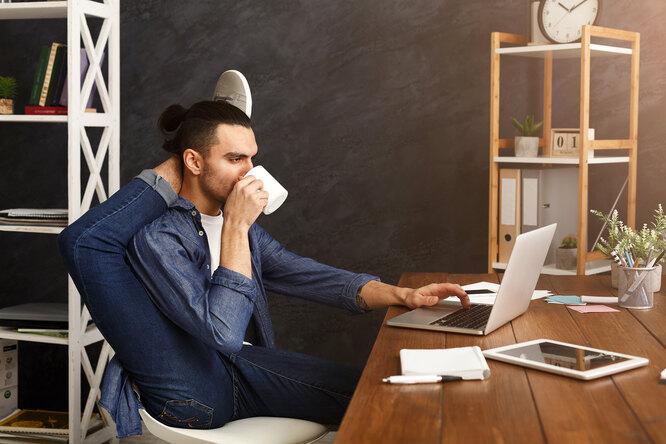 Какие упражнения будут полезнее всего дляофисного работника?