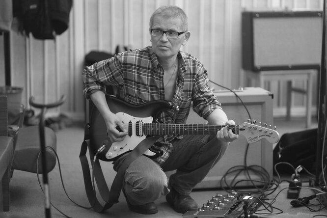 Умер гитарист рок-группы «Зоопарк» Александр Храбунов