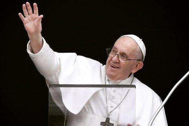 Папа Римский отправил 15 тысяч рожков мороженого итальянским заключенным