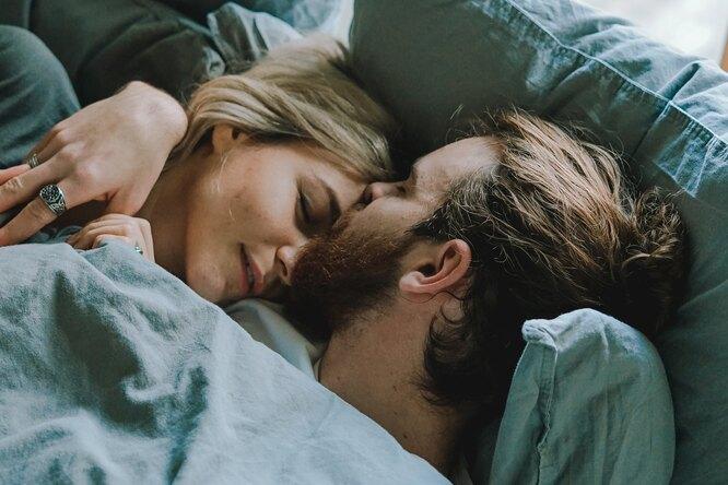 Женщины понимают полицу мужчины, готов ли он наслучайный секс или отношения — ученые