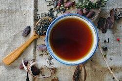 Почему призаваривании чая появляется пленка изачем она нужна?