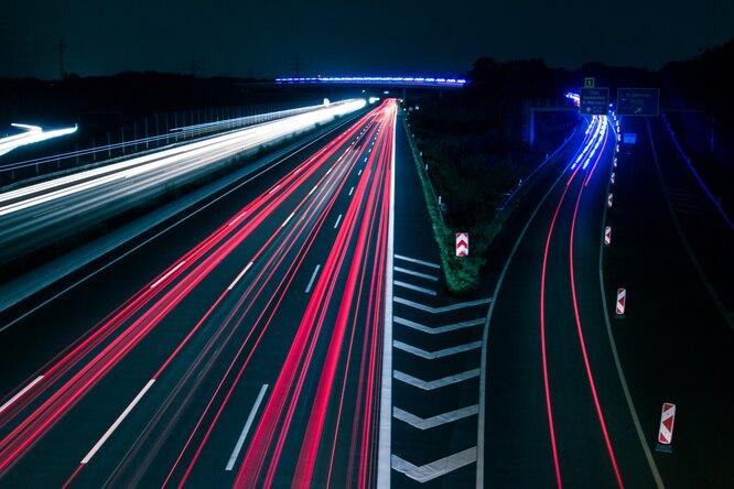 Динамические электронные знаки начнут контролировать скорость надорогах