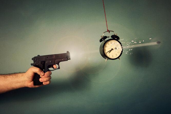 Что будет, если выстрелить, двигаясь со скоростью пули?