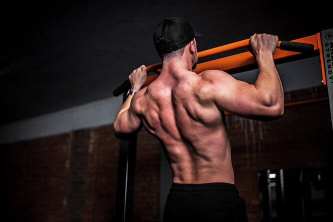 Тело вместо штанги: мощная тренировка ссобственным весом
