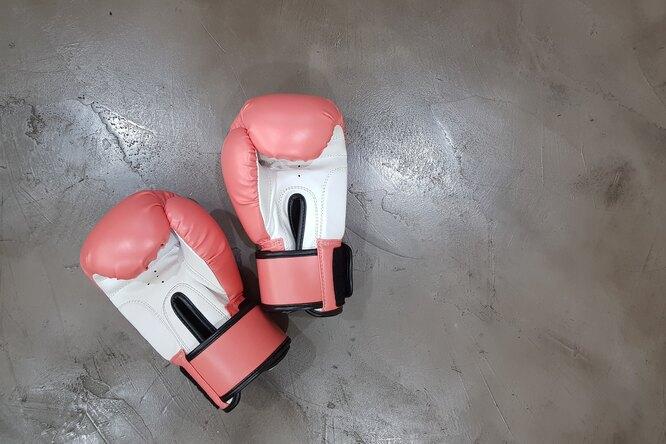 Запрещенный удар: почему натурнире MMA дисквалифицировали россиянина