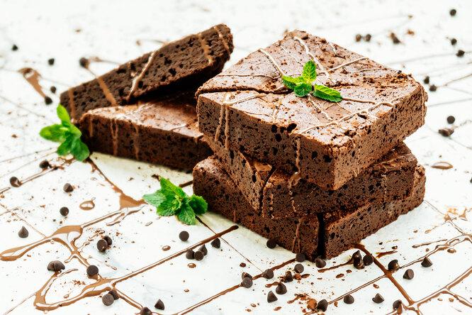 Как приготовить протеиновый брауни сначинкой: рецепт