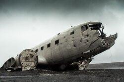 Что происходит внутри самолета, когда он падает?