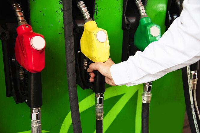 Росстандарт опубликовал список заправок снекачественным топливом