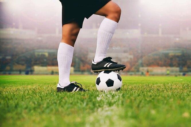 Сколько километров футболист пробегает заодин матч?