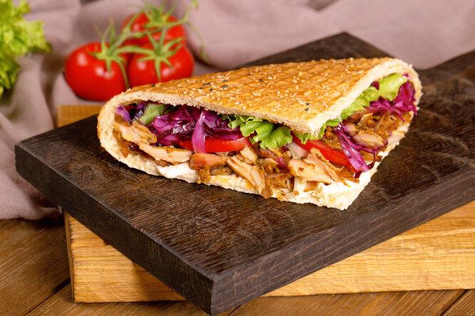 Мясо впите: готовим вкусный иполезный греческий гирос