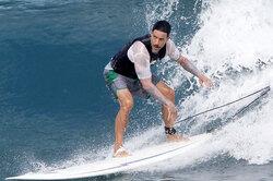 Музыканты, которые избавились отзависимостей благодаря спорту: Энтони Кидис