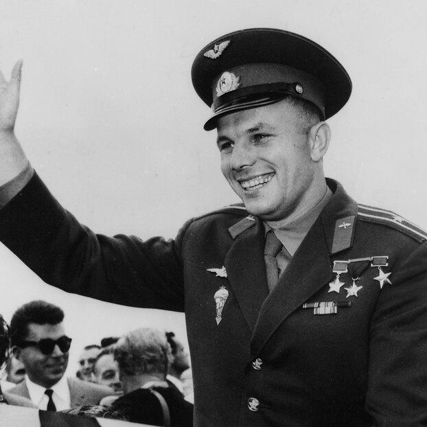 Как погиб Гагарин насамом деле: версии профессионалов
