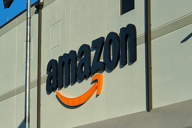Amazon разрешила оплату покупок всобственных магазинах ладонью