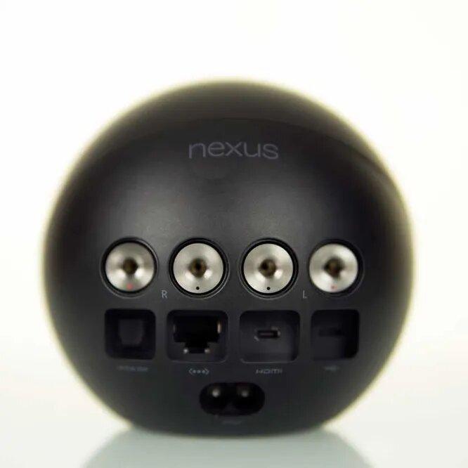 <br />Nexus Q должен был гордо красоваться в гостиных, передавая на телевизоры видео из Google Play и YouTube. Но, несмотря на громкие обещания Google, проект умер прежде, чем вообще родился. Гаджет за 299 долларов оказался малоинтересным широкой публике.<br />&nbsp;