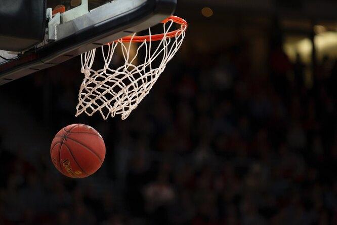 Звезда NBA Кармело Энтони снимет серию документальных фильмов проспортсменов