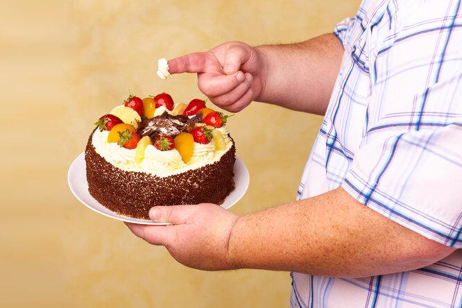 Чем опасен низкий уровень холестерина?