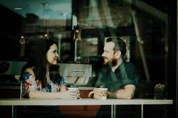 24 способа начать разговор скем угодно