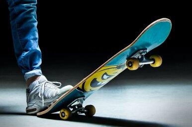 Теперь скейтбординг — олимпийский вид спорта. Посмотрите, как это выглядит