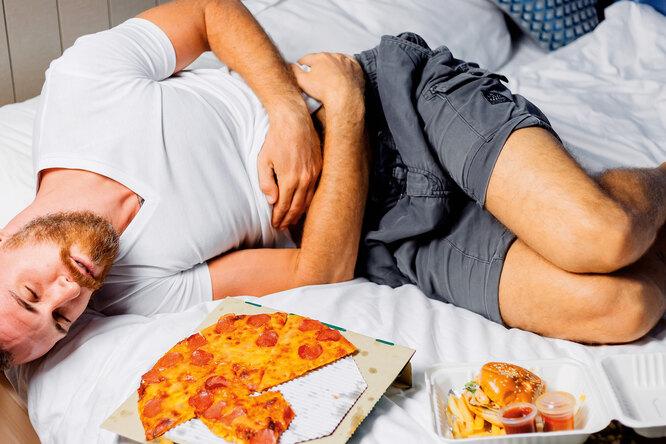 Как перестать переедать: простой способ сохранить отношения слюбимыми продуктами