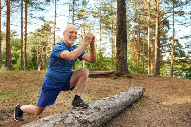 Какие упражнения нельзя делать после 55 лет?